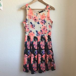 Vila Clothing two tone floral dress fit flare M